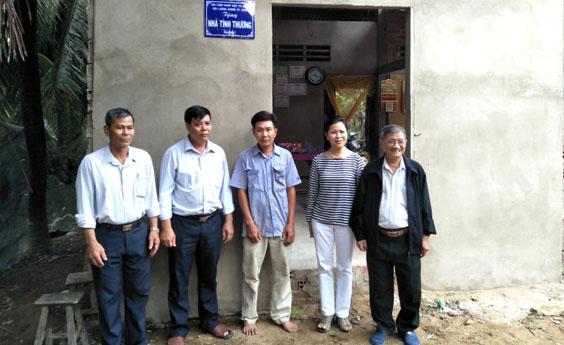 Trao tặng nhà tình thương tại tỉnh Bến Tre