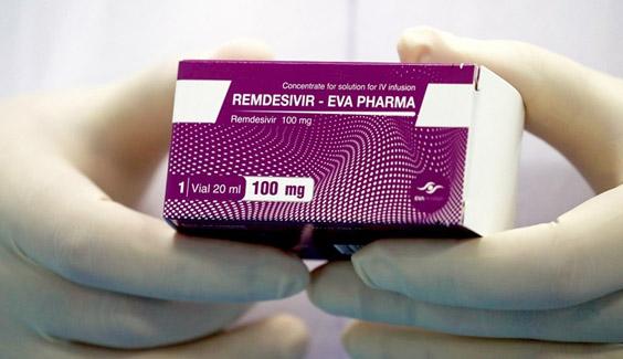 FDA phê duyệt thuốc ông Trump từng dùng để điều trị bệnh nhân COVID-19